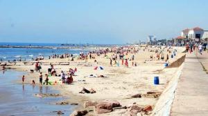 seawall-beach
