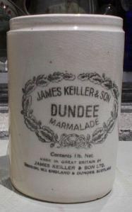DundeeOrangMarm