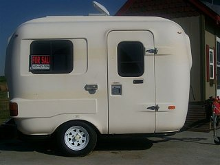 Eggheads they call themselves… the owners of the long since discontinued U Haul RV's.