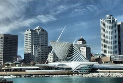 A view of the Milwaukee Art Museum and it's Calatrava designed addition.