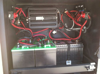 4 house batteries and 2 chassis batteries