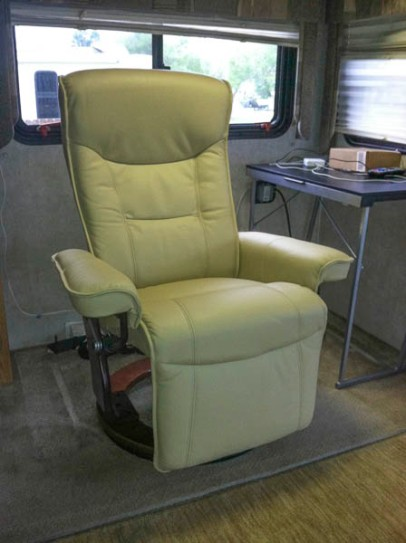 driver's side recliner